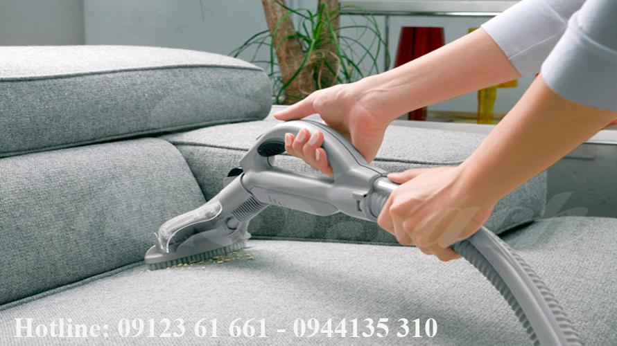 Dịch vụ giặt ghế sofa giá rẻ tại nhà