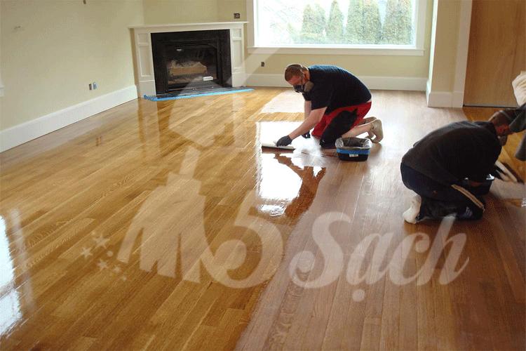 Cách phủ bóng sàn gỗ