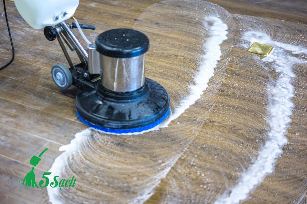 Các dịch vụ đánh bóng sàn riêng mà 5 Sạch cung cấp