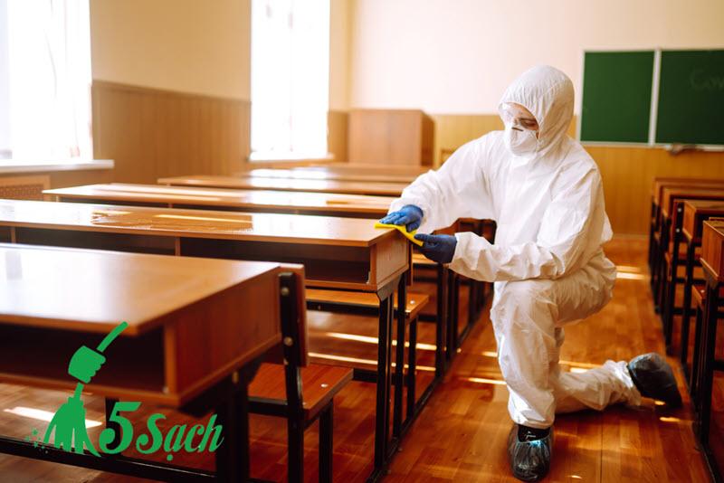 Dịch vụ vệ sinh trường học 5 Sạch